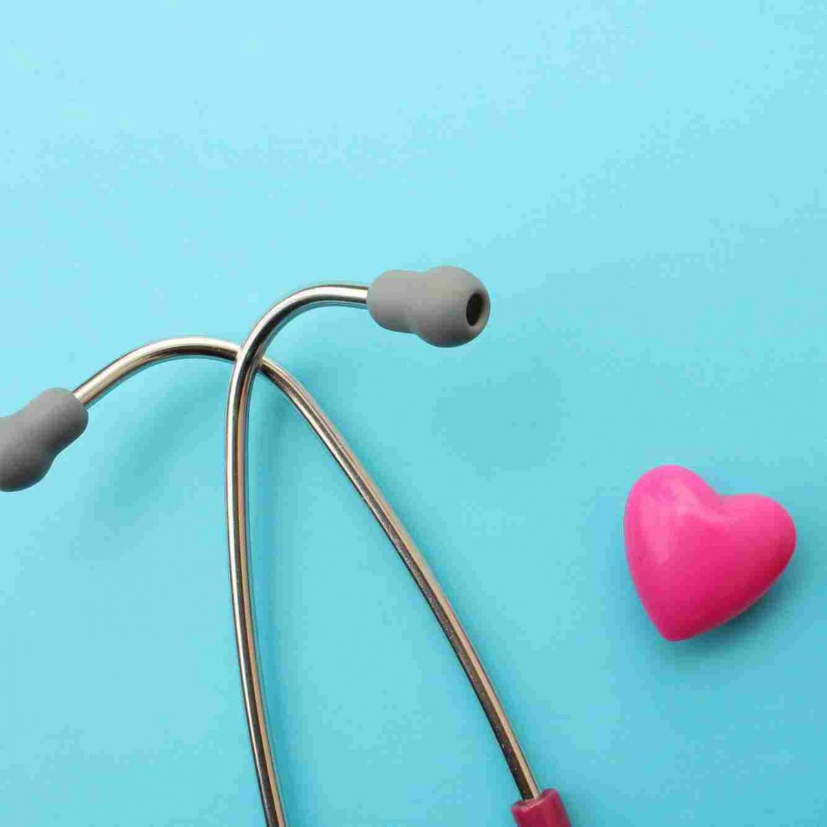 https://www.hakanbayraktar.com.tr/wp-content/uploads/2015/12/srce-i-stetoskop-1200x1200.jpg